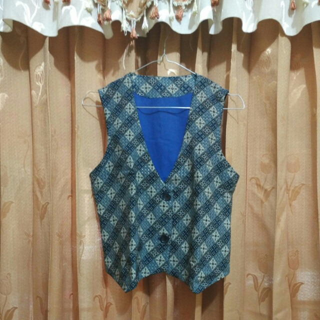 Rompi Batik