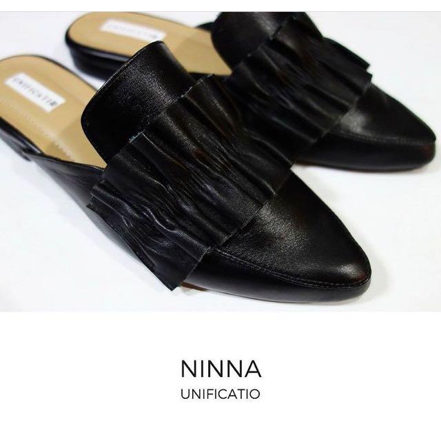 Sepatu mules kulit