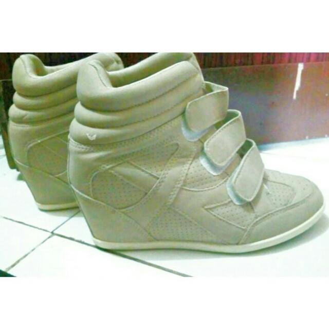 Sepatu Sneakers Wedges, Fesyen Wanita