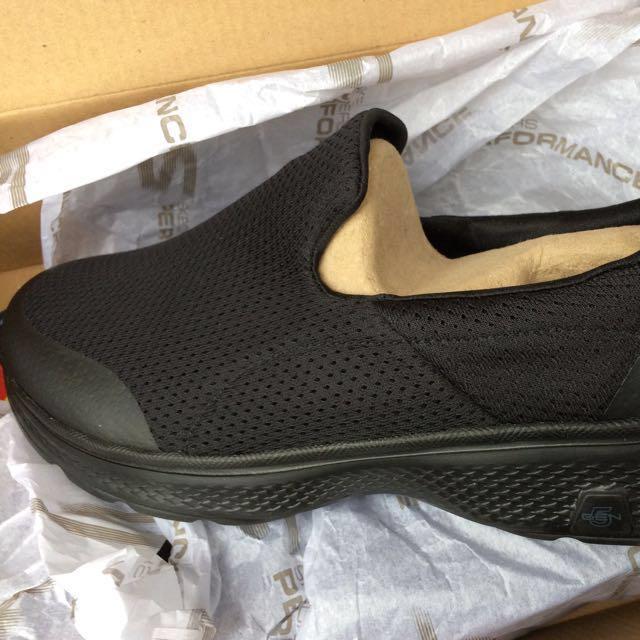 Edredón carga Reunión  Skechers Go Walk 4 Men (Black) Goga Max, Men's Fashion, Footwear ...