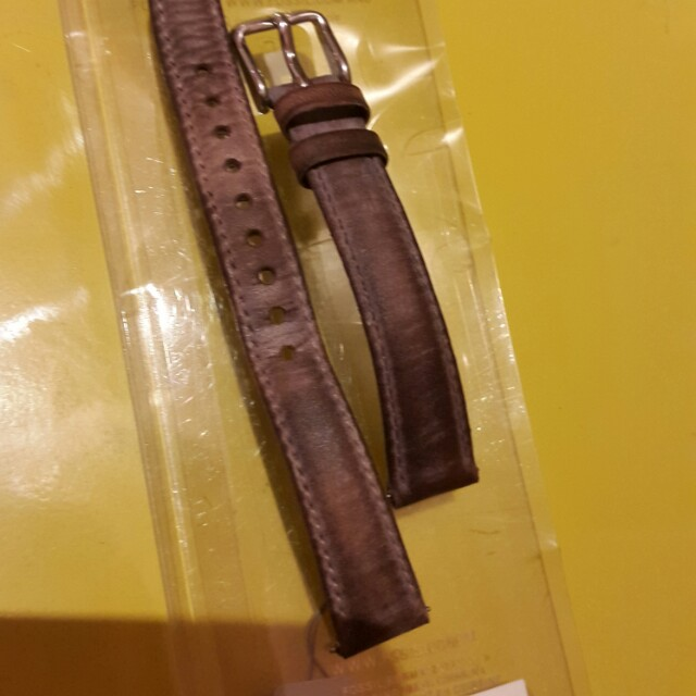 Strap fossil leather second