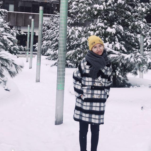 Swallow gird coat