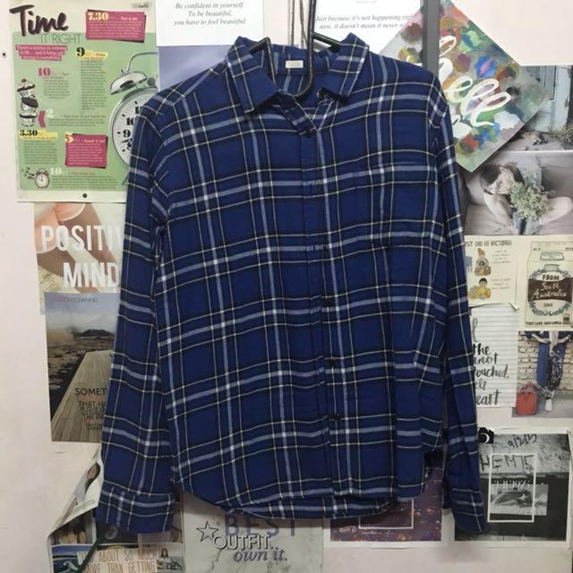 uniqlo blue flannel