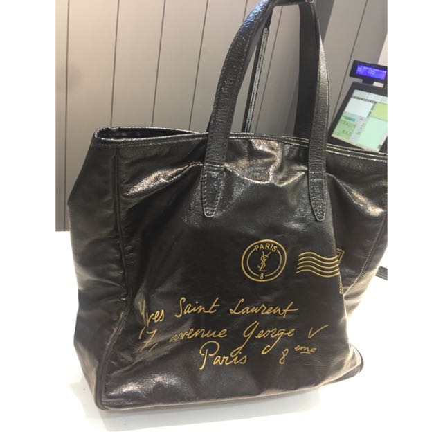 YSL漆皮燙金紀念版購物背包