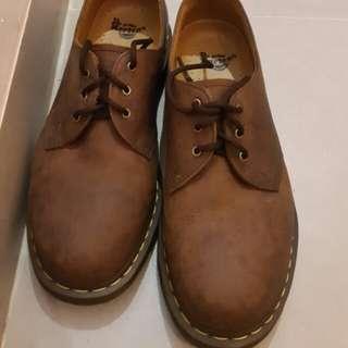 Sepatu Docmart brown 43