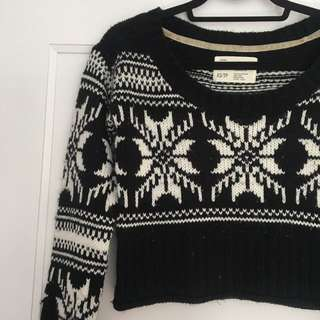 Black and White Fall Knit