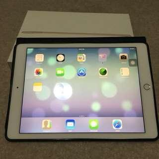 Brand New iPad Air 2 Gold 32gb