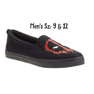 NWT Men's Deadpool Shoe Sz: 9