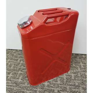 Sporty Red Jerry Can (20L)
