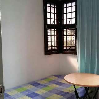 HDB 211 Boon Lay Small Room for Rent (Female ONLY)