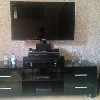SAMSUNG TV (PACKAGE)