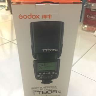2nd Godox tt685n canon mount