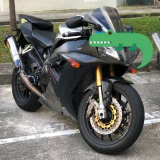 Superb condition Yamaha R1 03 model