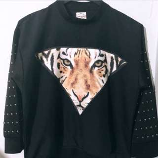 Dark blue tiger top