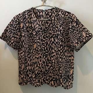 Atasan leopard pink