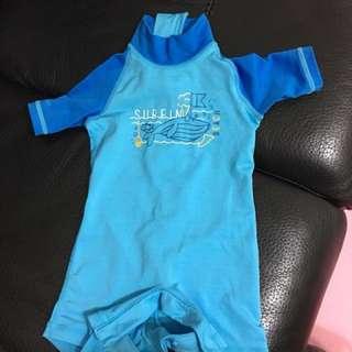 🚚 迪卡儂六個月嬰兒連身包屁泳衣