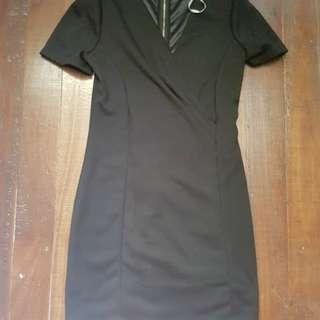 Black dress (formal)