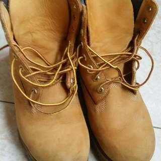 🚚 timberland  正品經典皮靴