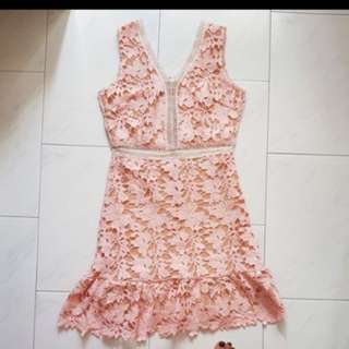Dust pink crochet dress