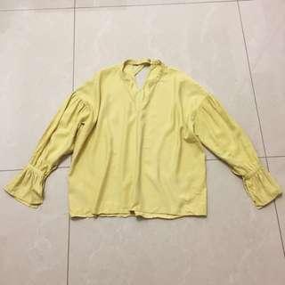 🚚 日本jeansis超顯白造型上衣