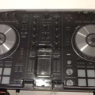 Pioneer DDJ- SR with speakers n console stand