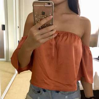 Off shoulder crop flowy top