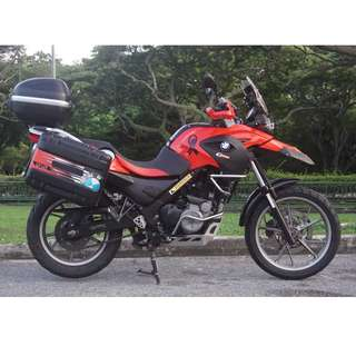 BMW G650GS (Red) in excellent condition and full of accessories