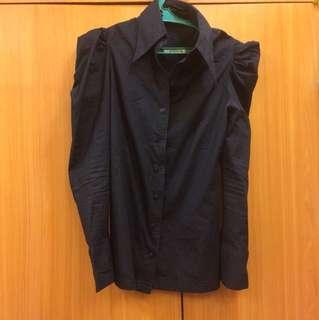 Black puffed long sleeves