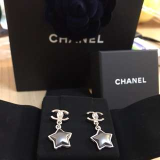 Sharing ⭐️Chanel earrings 2017 style ⭐️