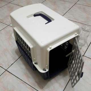 寵物外出籠(9.9成新 只用過2次)贈:沛奇寵物尿墊60片