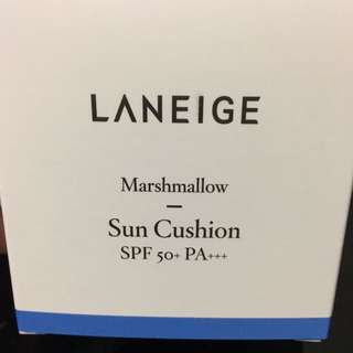 Laneige sun block SPF 50 ( marshmallow sun cushion)