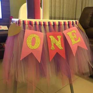 Number ONE Birthday flag (chair)