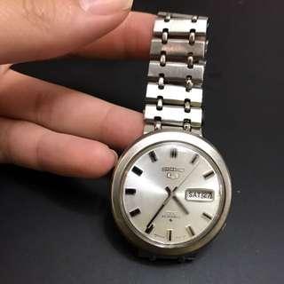 Seiko 5 DX Watch 6106-8070 Vintage 25 Jewels Japan