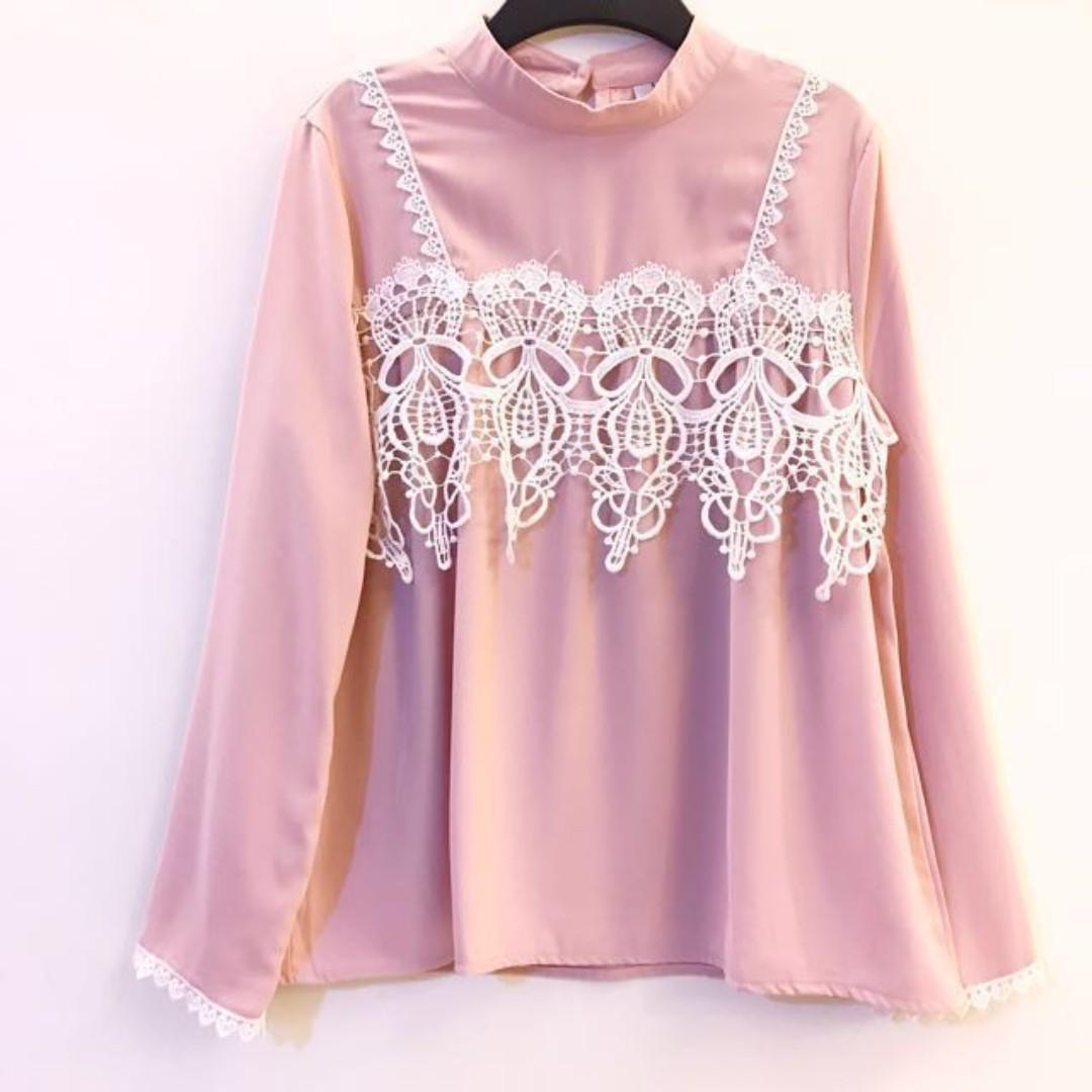 白色蕾絲 X 淡粉紅 長袖 上衣