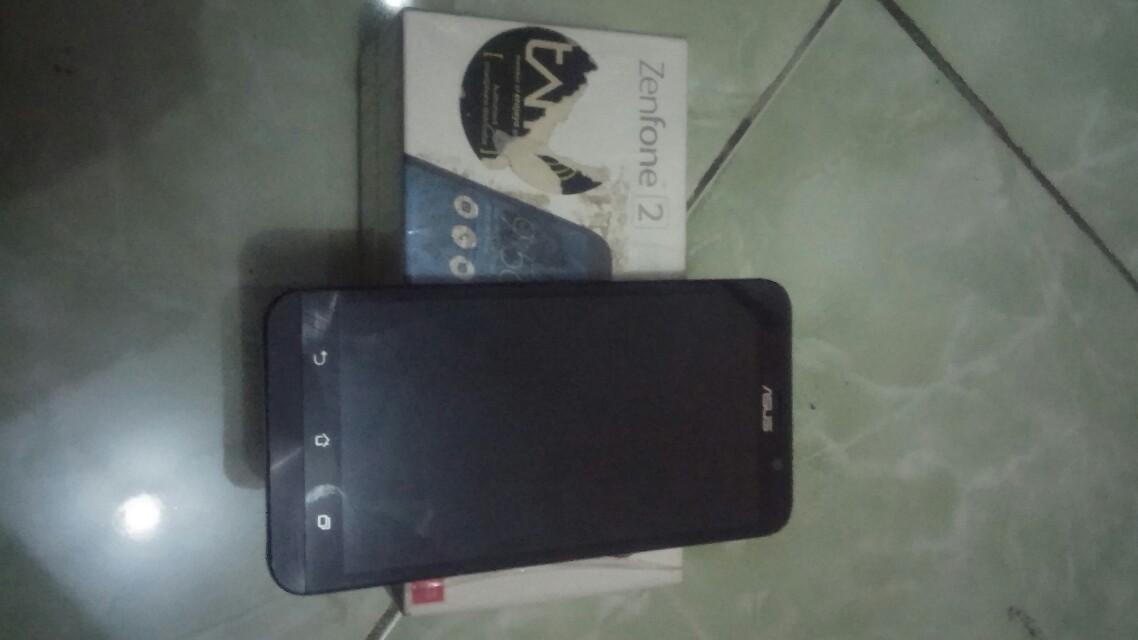 Asus Zenfone 2 (4/32Gb) Z00AD