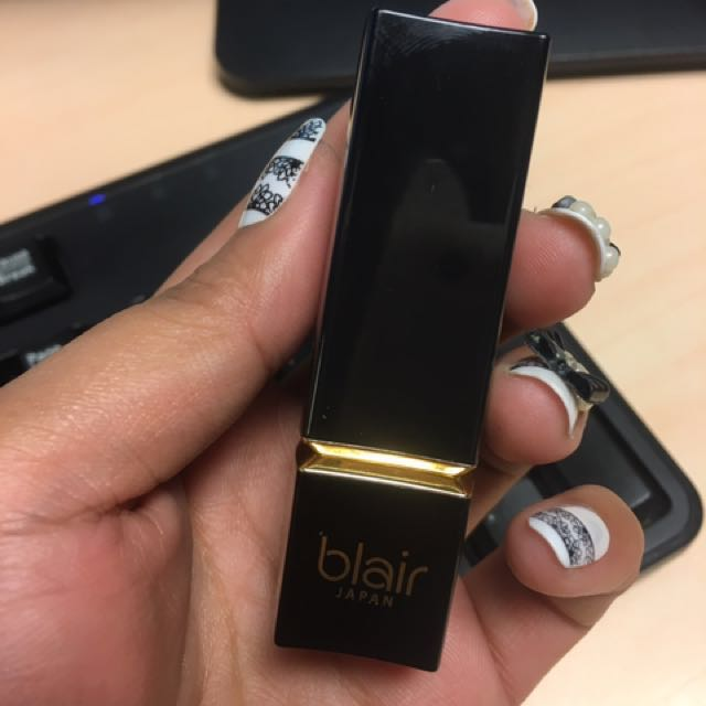 Blair Lipstick in the shade Maeve