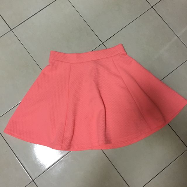 Brand new H&M flare skirt