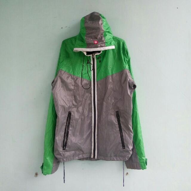 990 Design Jaket Gunung Terbaik