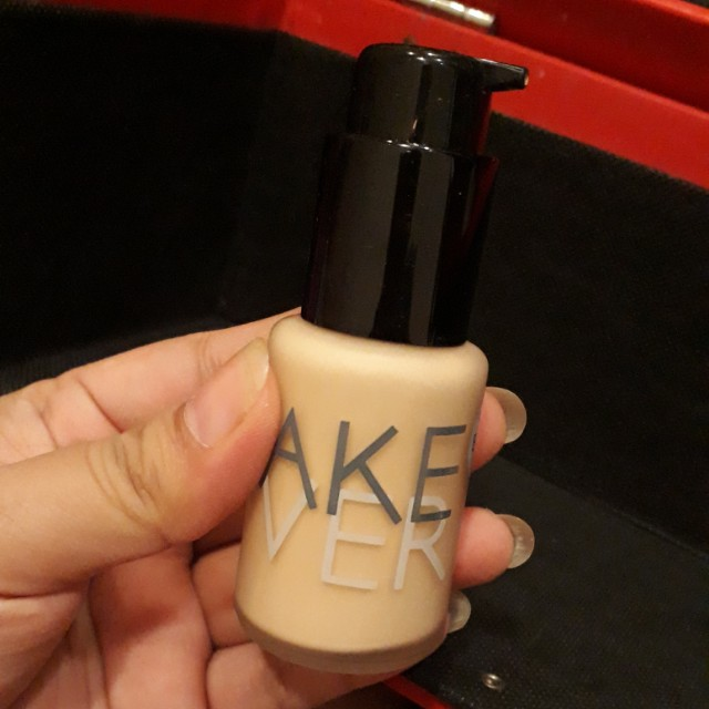 Foundation MAKE OVER SHADE PEARL