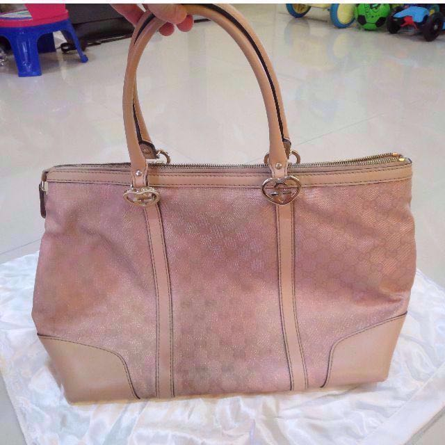 ccf239ba6c3 Gucci Pink Tote Handbag ( Canvas   Leather ) w  Labels Certs 古琦 ...