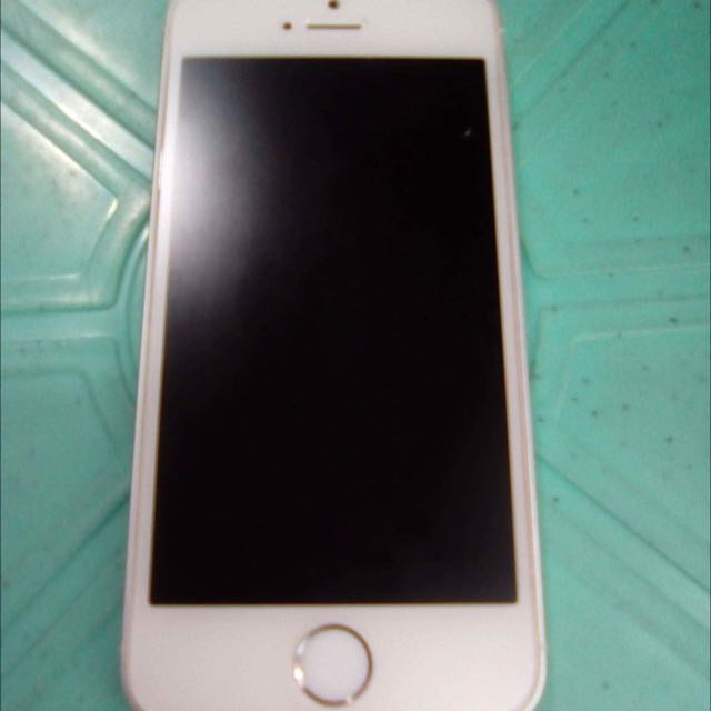 IPHONE 5S SMARTLOCK 16GB NO ISSUE!!!