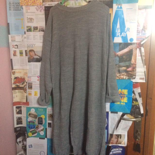 Long sleeve gray