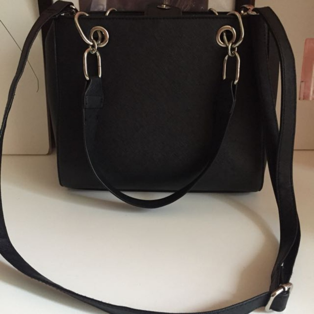 Minnici purse-Need gone today