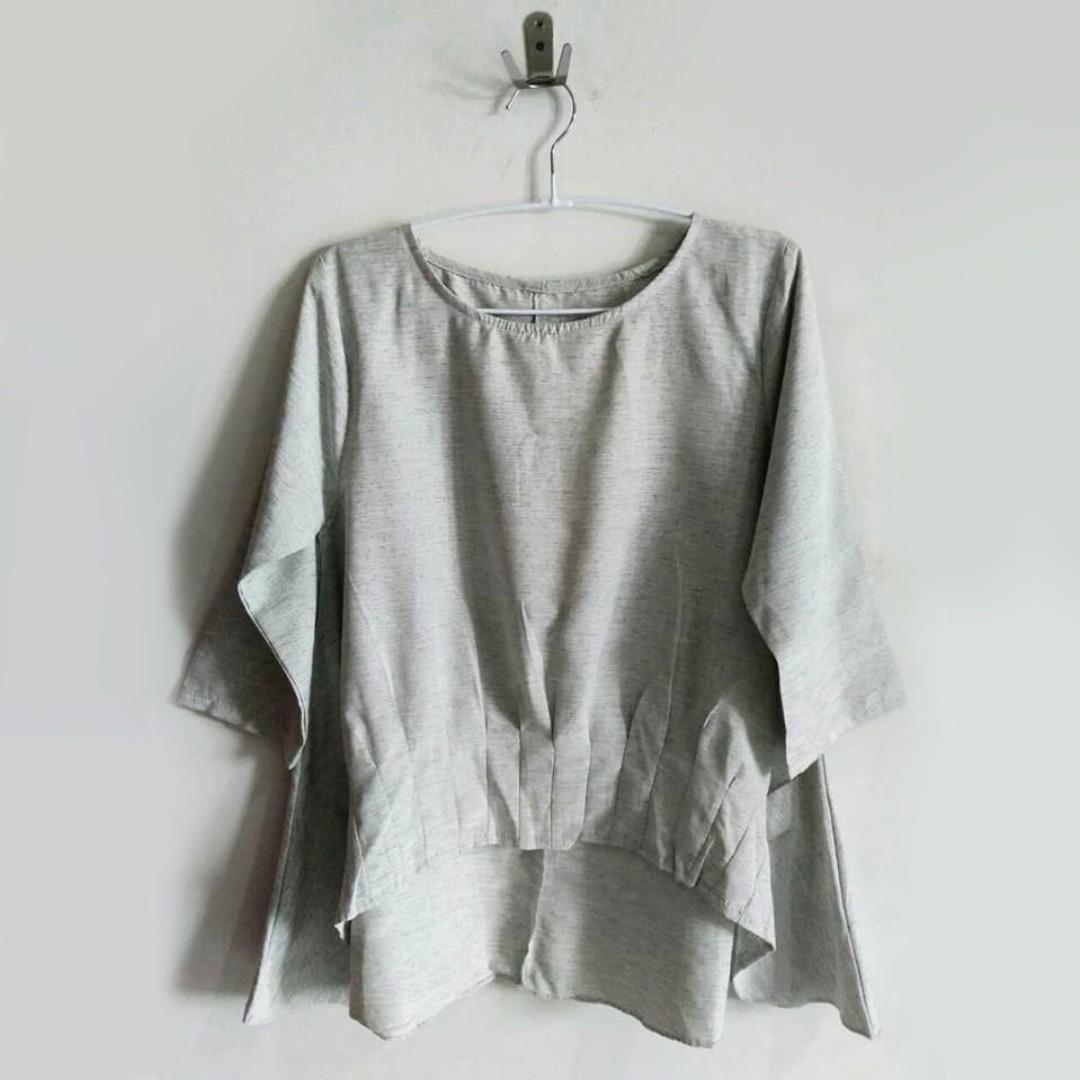 Misty Gray Top