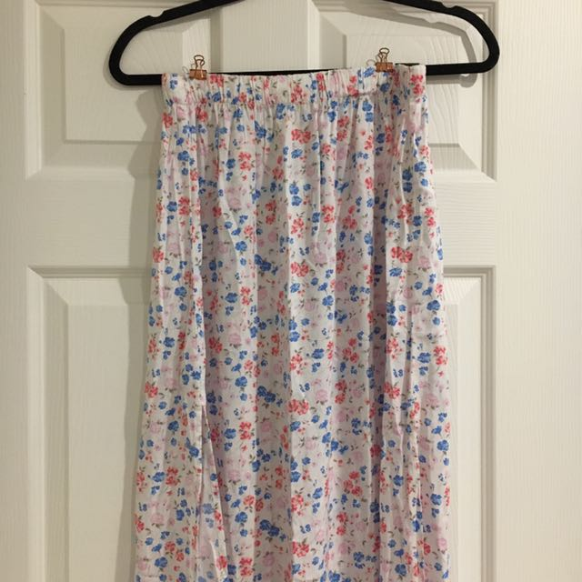 New Hollister Floral Print Maxi Skirt
