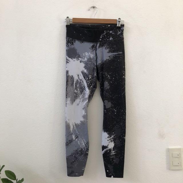 Nike black paint leggings