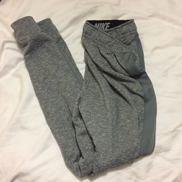 Nike sz small sweatpants