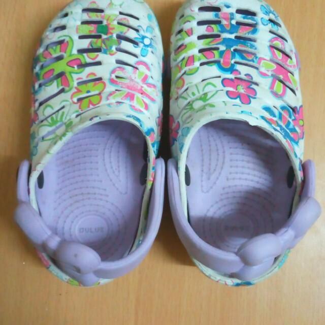 Sandal size 24
