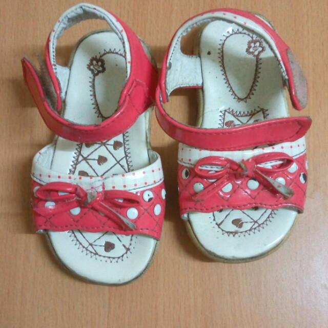 Shoes size 23