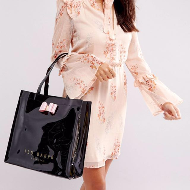 b96c395e00bf Ted Baker Large Icon Bag